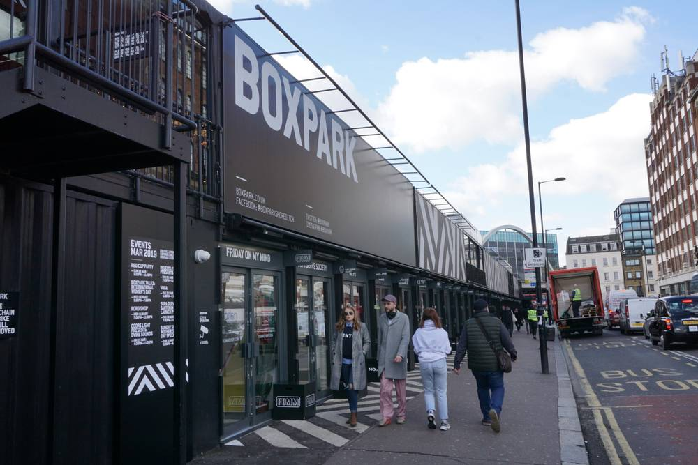 Boxpark-Pop-Up-East-End-Retail-Marketing-Walking-Tour-Student-Corporate