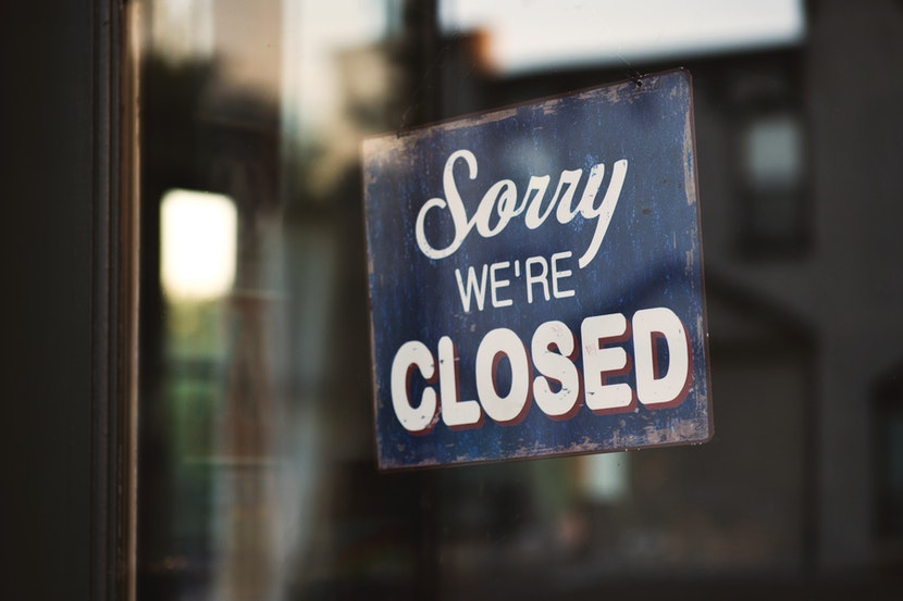 blue-and-white-sorry-we-re-closed-wooden-signage-1171386.jpg